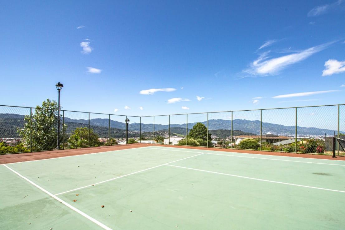 La Ceiba Colinas de Montealegre