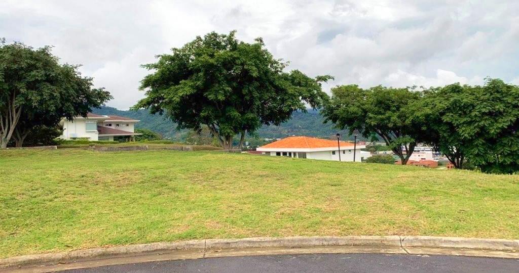 Venta Lote en Hacienda Gregal